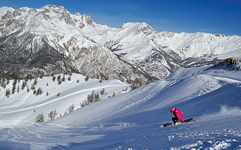 Skiing in Milky Way - Bardonecchia