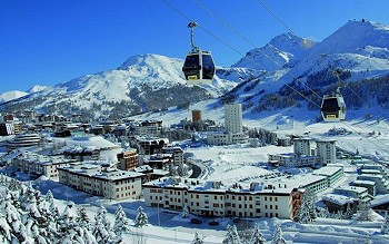 Skiing in Milky Way - Sestriere