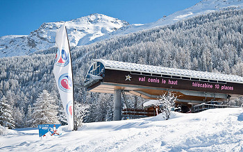 Skiing in Val Cenis
