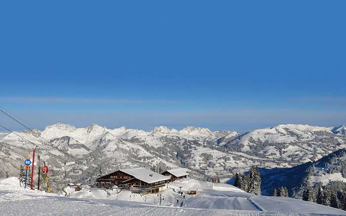 Skiing in Bernese Oberland - Gstaad